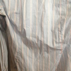 Abercrombie & Fitch Tops - Abercrombie and Fitch classic button up M/L